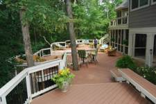 Composite Decking with Level Changes by Archadeck