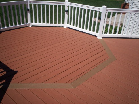 Composite Deck with Floor Board Pattern in St. Louis County