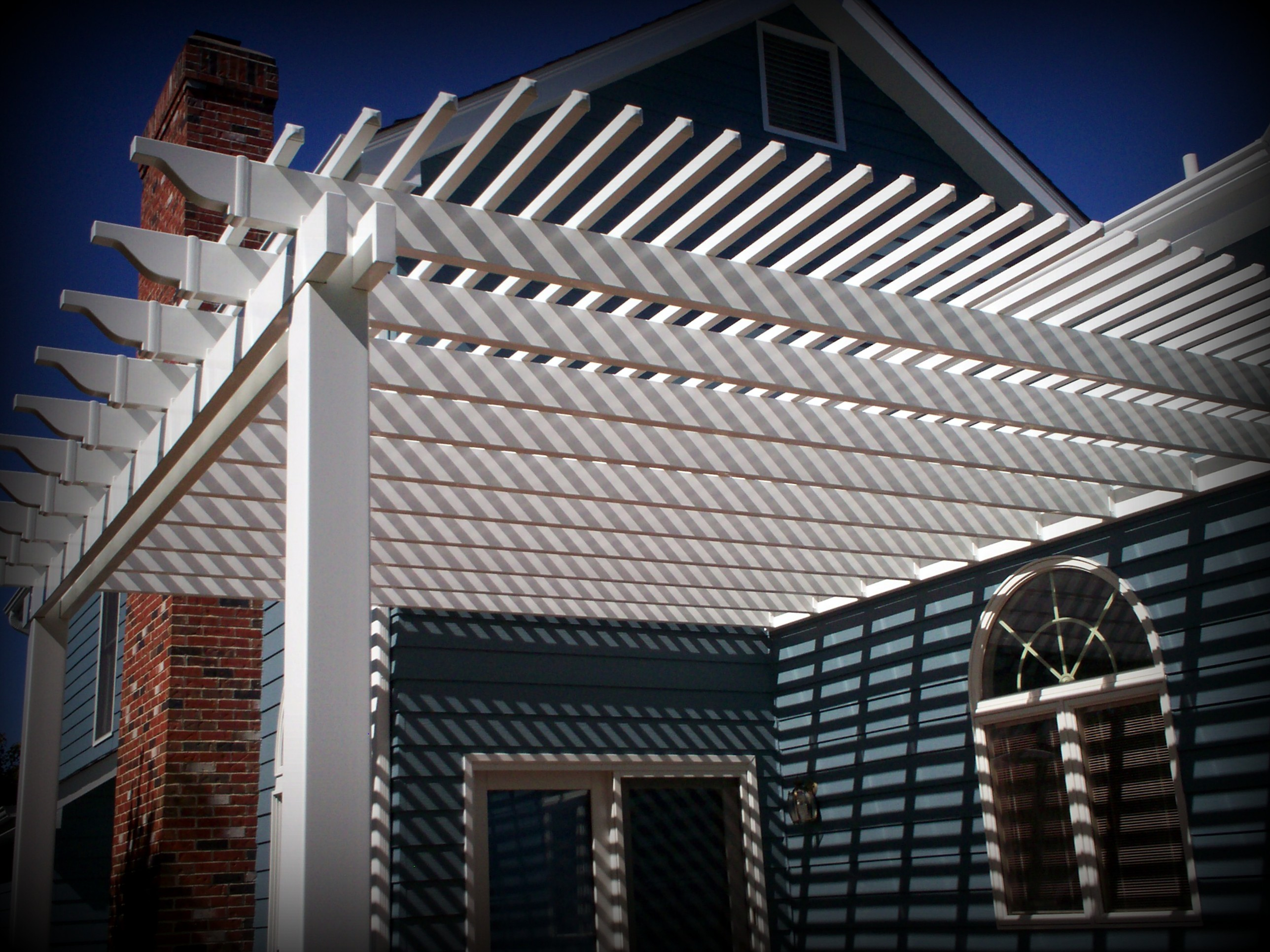 Shade Pergola Covers Back Porch Deck in St Louis West County