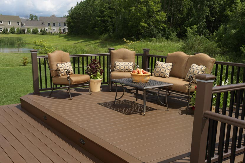 St louis deck contractors timbertech decking st louis for Patio exterieur modele