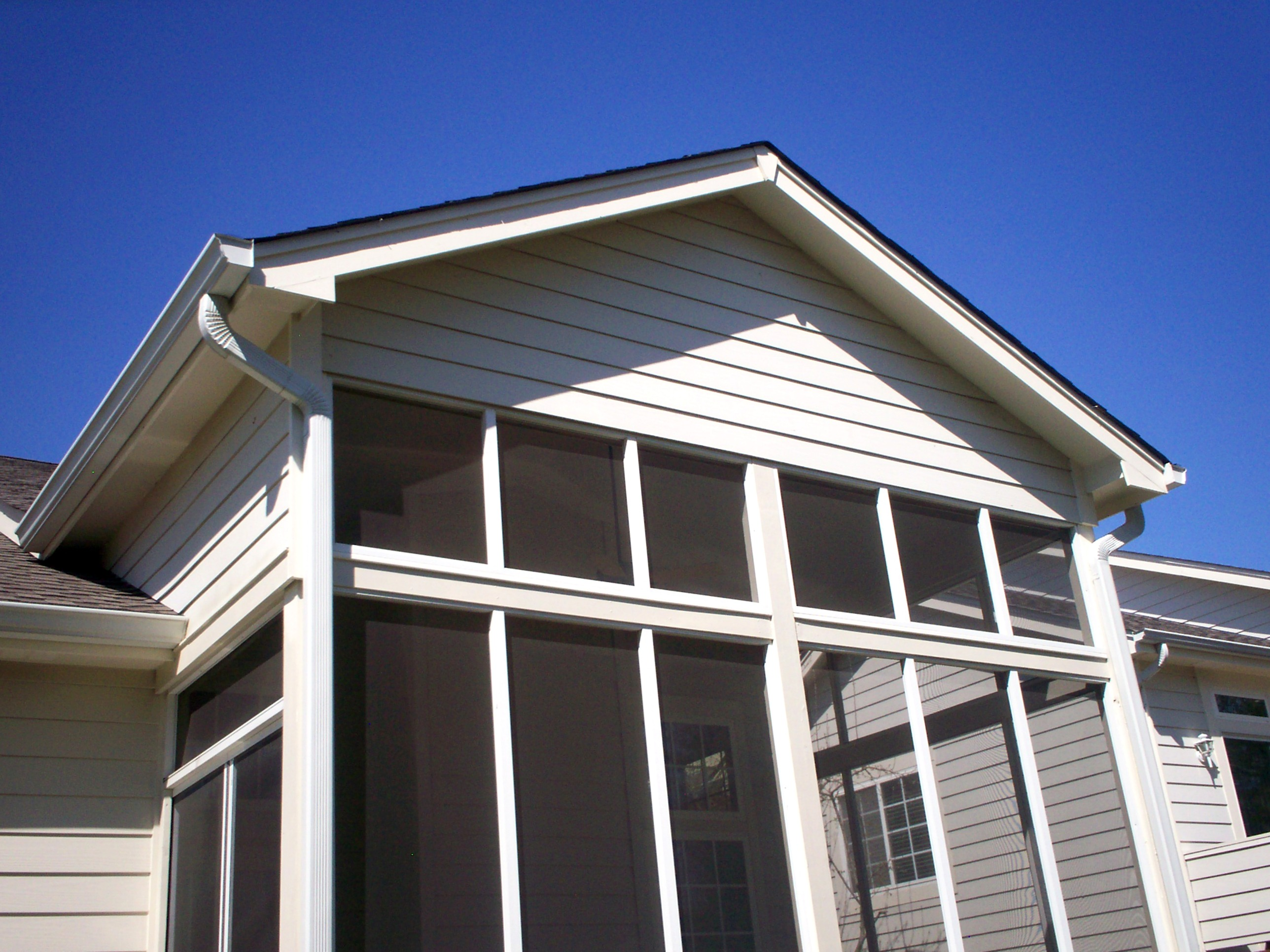 Pavilions st louis decks screened porches pergolas by for Screen porch roof options