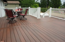 Fiberon Horizon Decking, Rosewood, photo by Fiberon