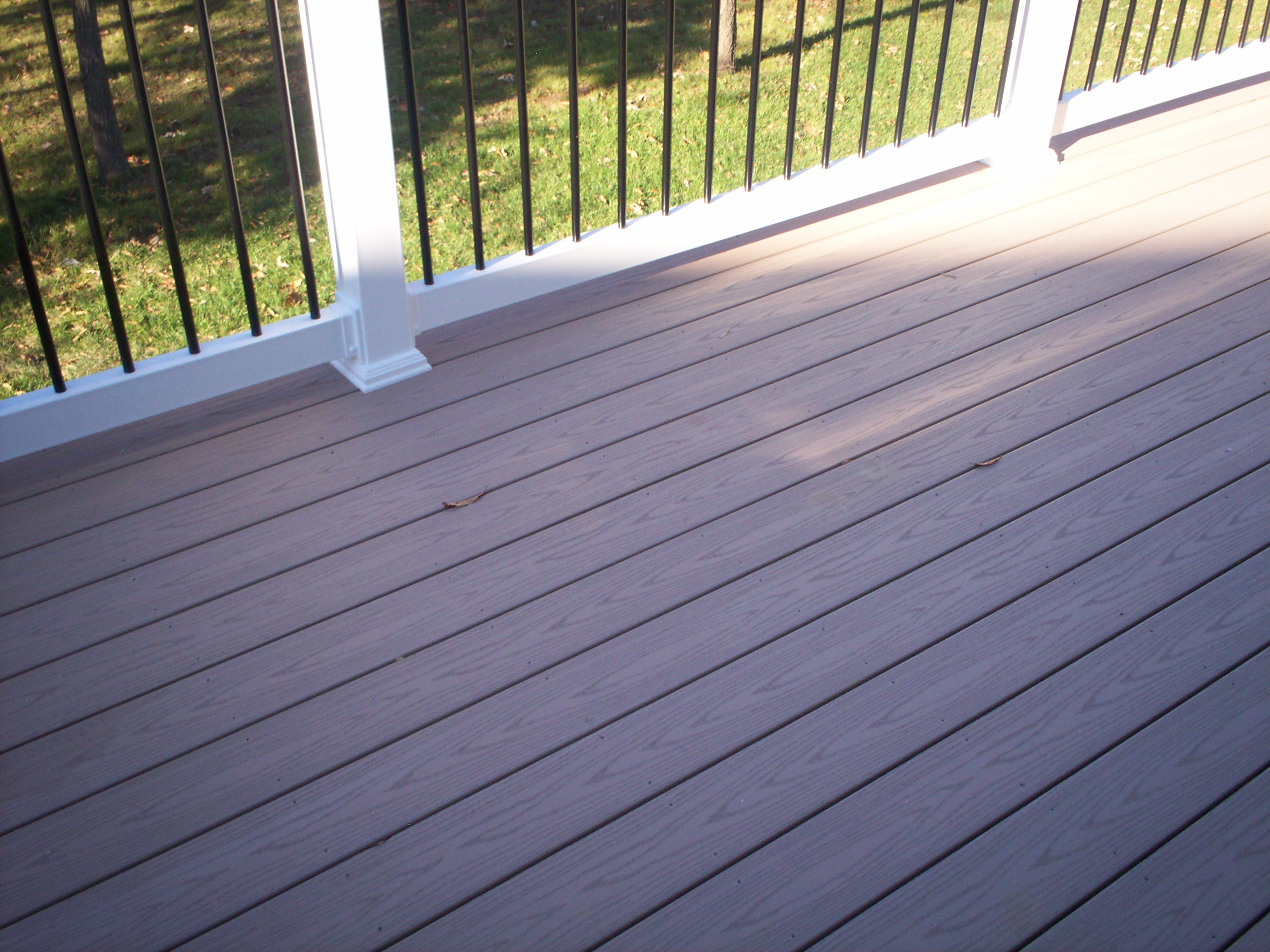 Choosing a st louis deck contractor st louis decks for What is capped composite decking