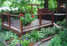 Deck by Archadeck, Plantings as a 'Skirt'