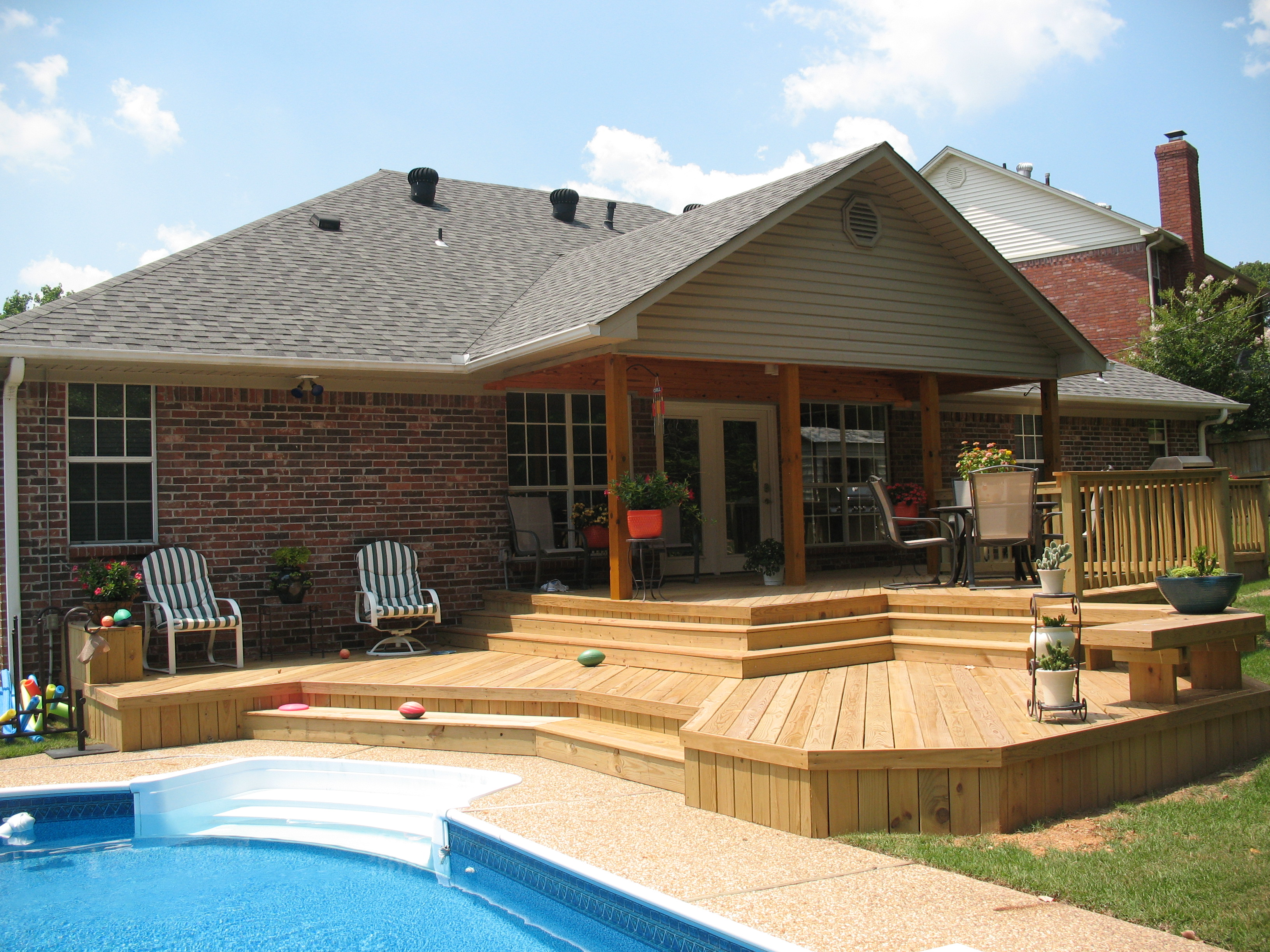 St louis mo back to basics with wood decks by archadeck for Back patio porch designs