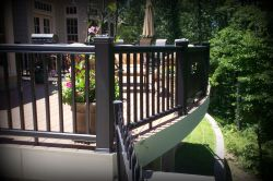 Contempory Deck by Archadeck, St. Louis