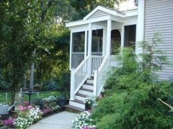 Cottage Style Screened Porch by Archadeck