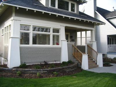 Porches st louis decks screened porches pergolas by for Front deck designs bungalow