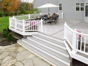 Raised Decks by Archadeck, Gravel Groundcover and Bushes