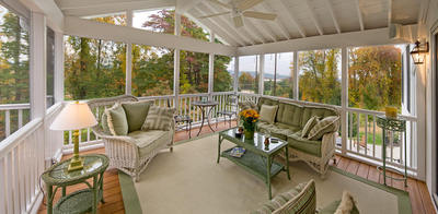 The Benefits Of Converting A Deck To A Screened Porch By