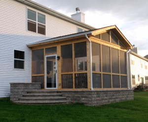 Traditional Screen Porch by Archadeck
