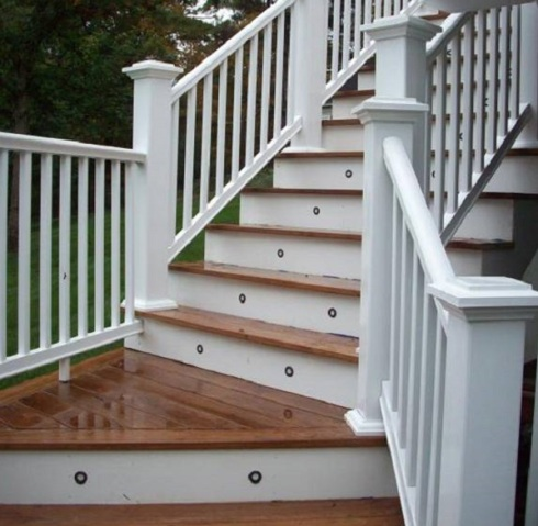 Deck Stairs with Riser Lights by Archadeck