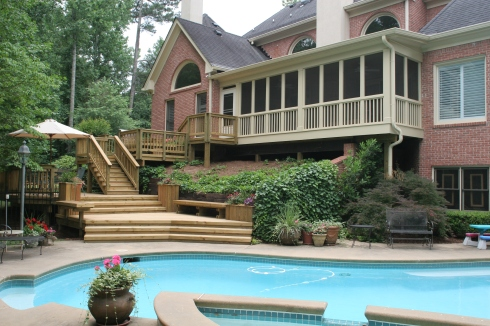Deck and Screened Porch for Backyard Pool by Archadeck