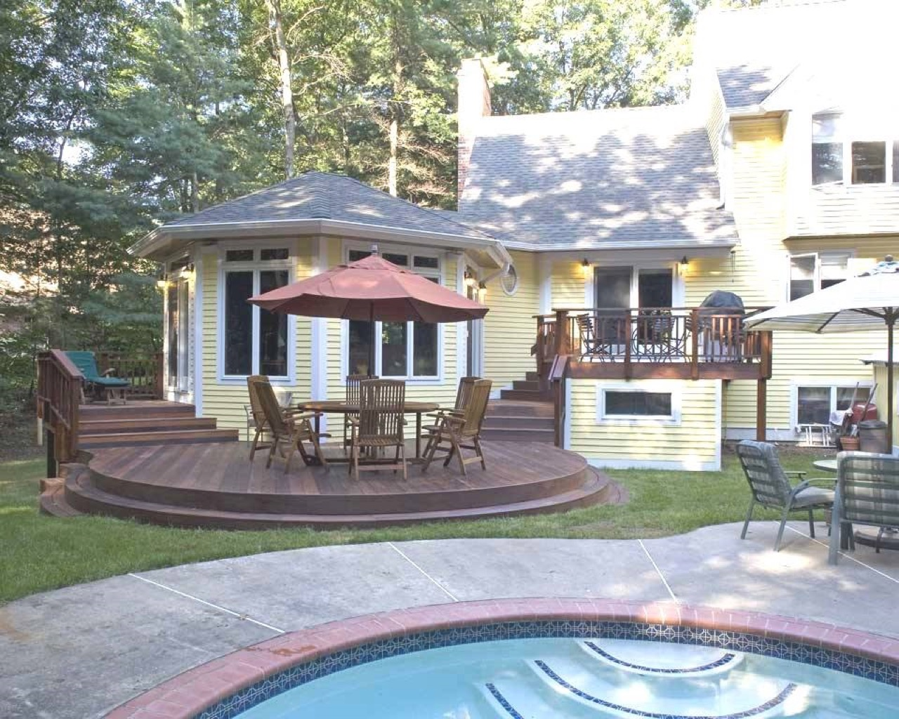 Deck pergola and porch designs for pools st louis for Backyard sunroom