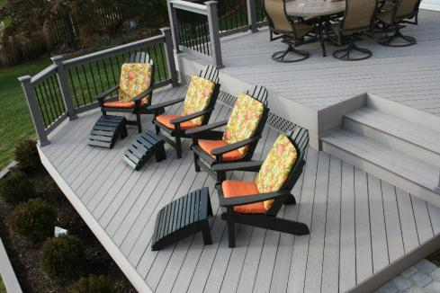 Deck with Partial Rails for Safety, by Archadeck