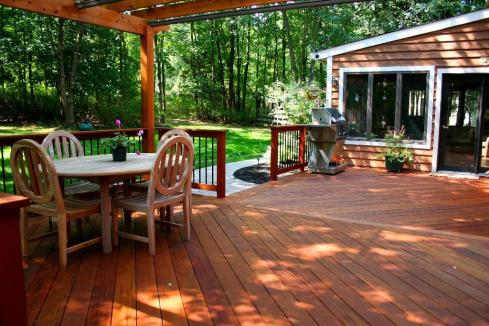 Large Attached Platform Deck with Pergola and Rails by Archadeck