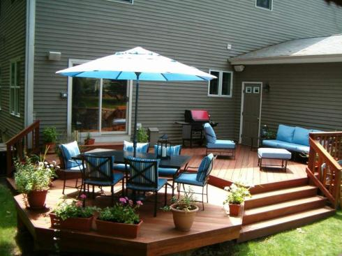 Multifunctional Backyard Deck by Archadeck