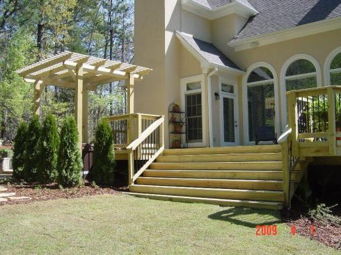 Raised Deck by Archadeck