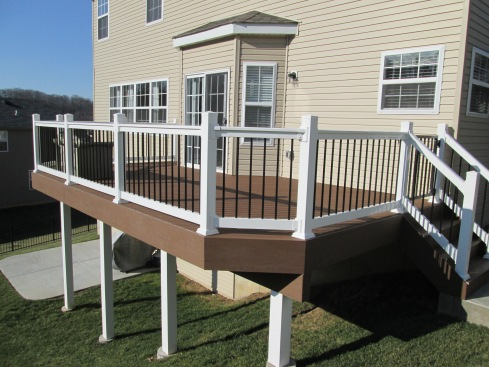 Low Maintenance Raised Deck with Decorative Rails and Post Covers by Archadeck, St. Louis Mo