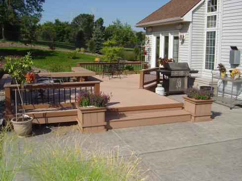 Platform Deck with Benches, Planters and Partial Rails by Archadeck