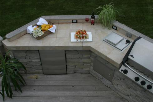Platform Deck with Outdoor Cooking Feature by Archadeck