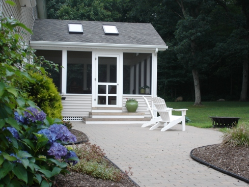 Screened Porch with Knee Wall Railing by Archadeck