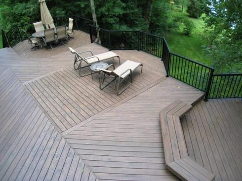 Deck Designed with Levels and Floor Board Pattern by Archadeck