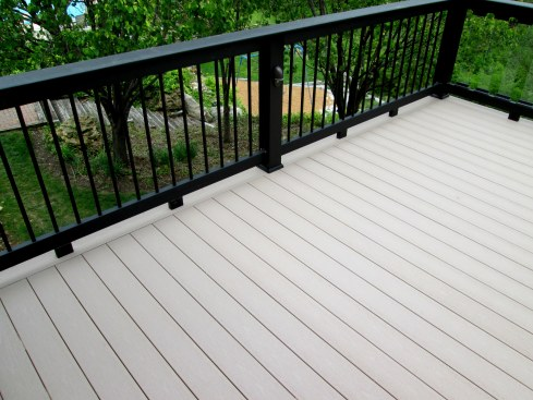 Decks in Ballwin Mo by Archadeck of West County in St. Louis