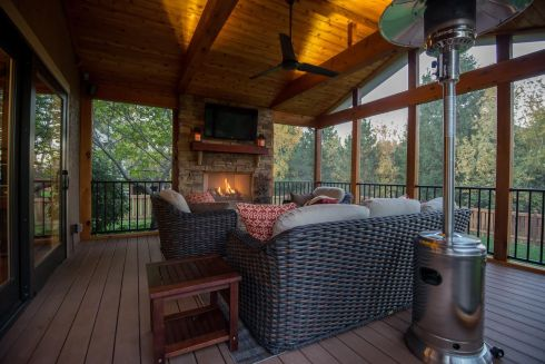 Screened In Porch with AZEK Synthetic Flooring, by Archadeck