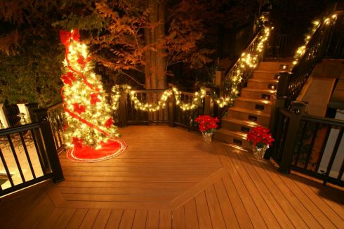 Deck and Rails Holiday Decorations by Archadeck