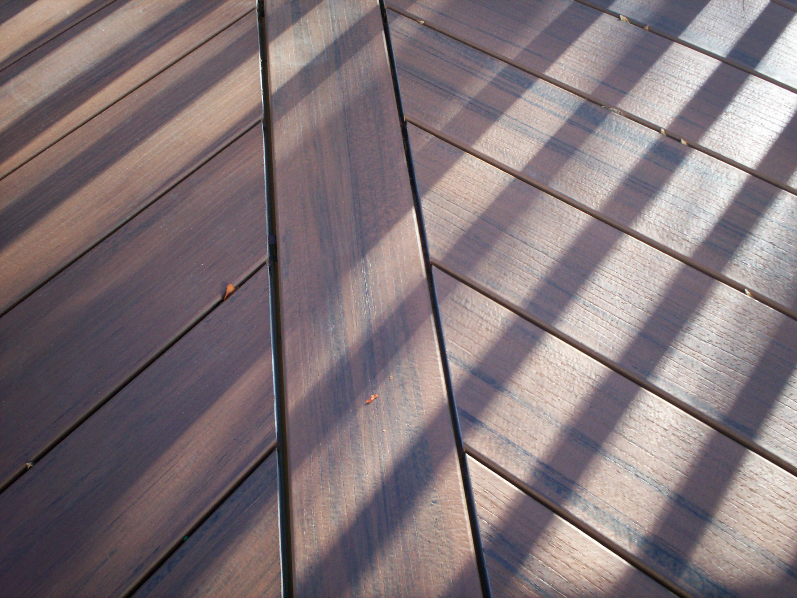 St louis mo deck design and building details by Composite flooring for decks