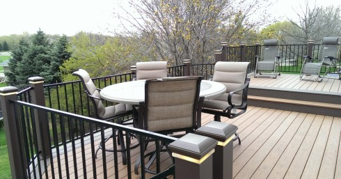 Synthetic Decking with Color Changes for Trim and Border by Archadeck