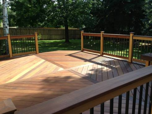 Wood Deck with Floor Board Pattern by Archadeck