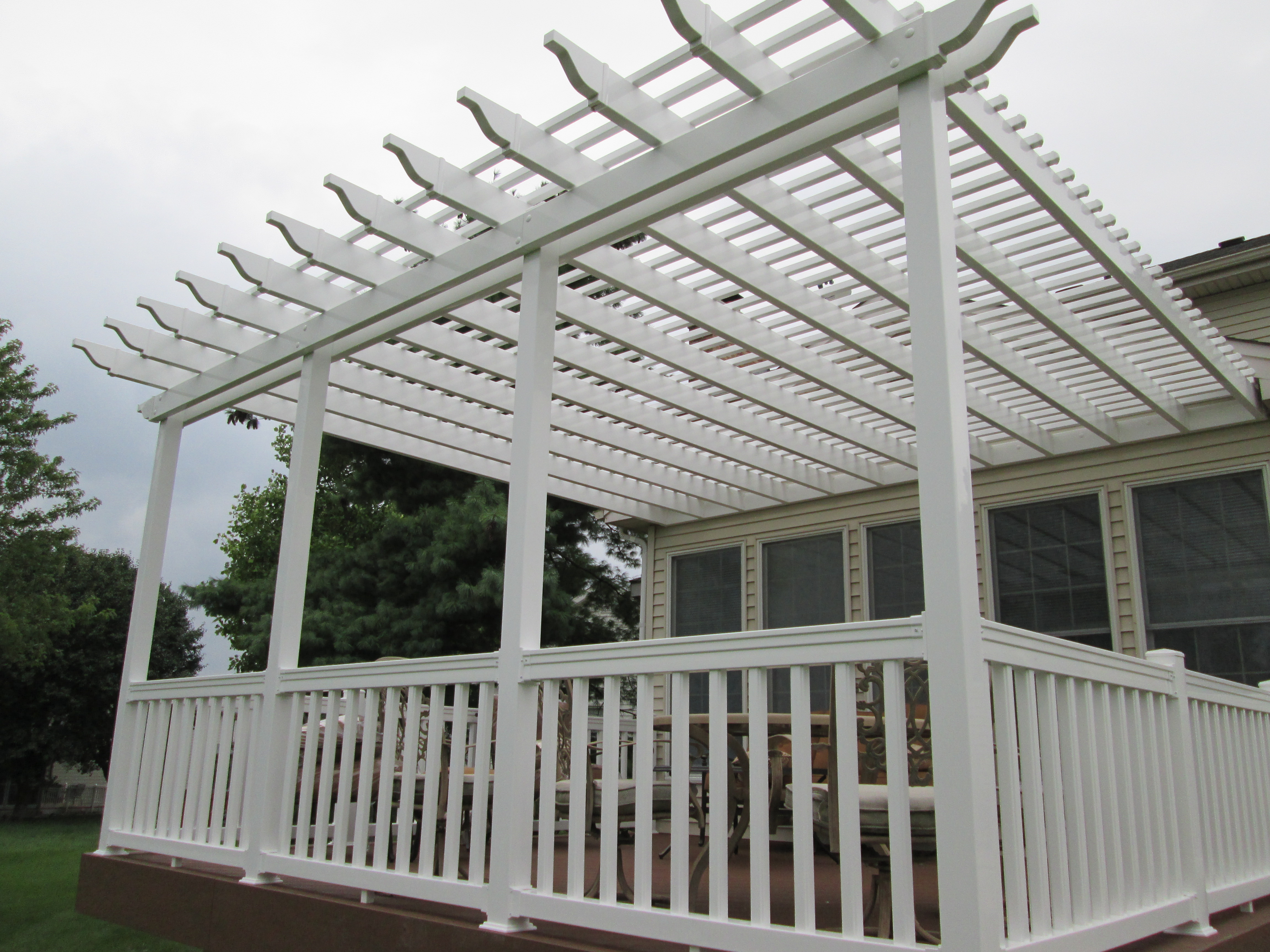 Attached Pergola Fully Shades Deck St Louis Mo By Archadeck