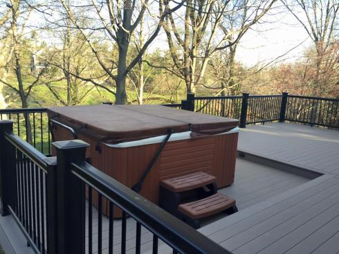 Deck with Level Change for Hot Tub, Project by Archadeck