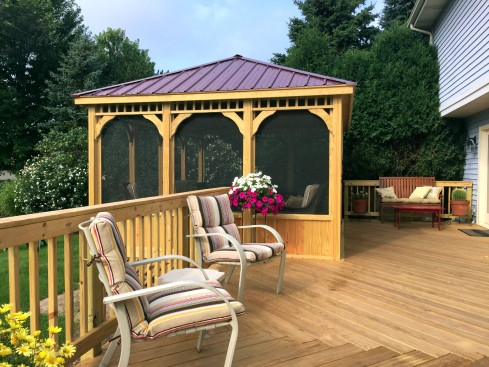 Screened Gazebo on Deck with Kneewall Rails and Contrasting Roof, by Archadeck