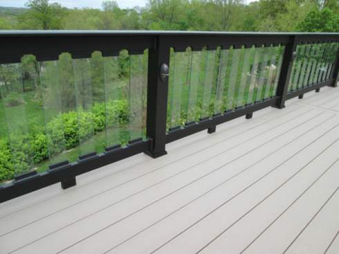 Gray Capped Composite Deck, Black Rails and Glass Balusters, St. Louis Mo, by Archadeck