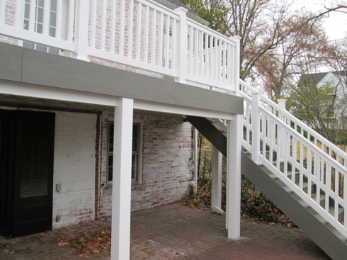 Low Maintenance Gray Decking with White Vinyl Rails, St. Louis Mo